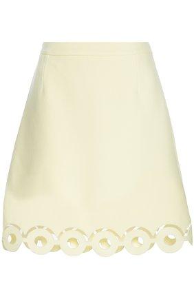 Мини-юбка А-силуэта с перфорацией Carven желтая | Фото №1