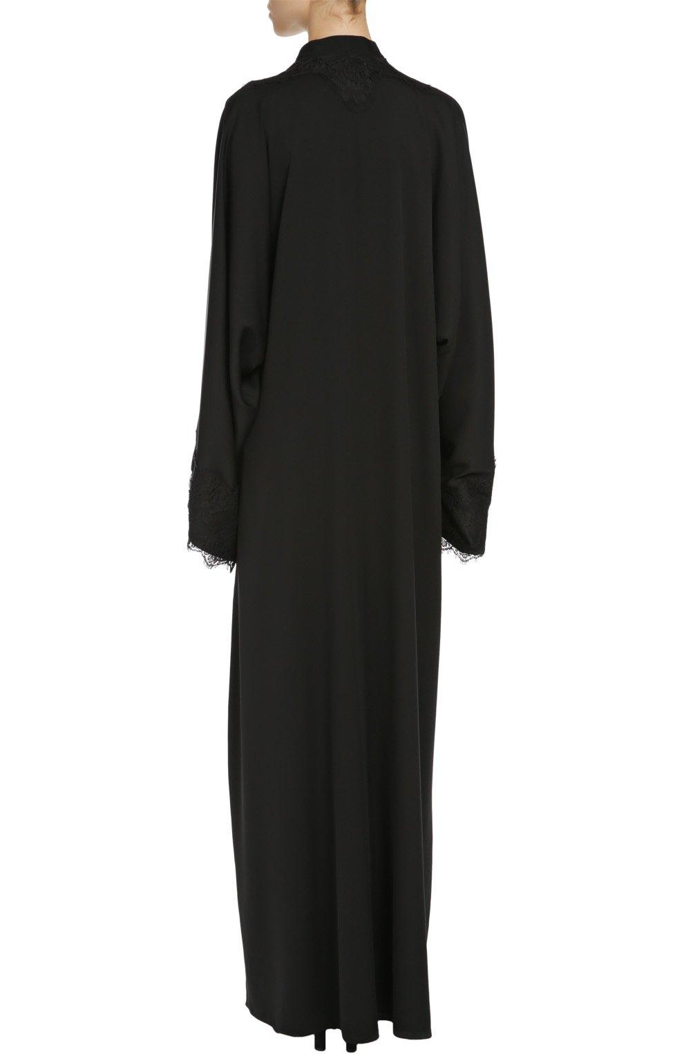Шелковая абайя с цветочной аппликацией и кружевной отделкой Dolce & Gabbana черное   Фото №4