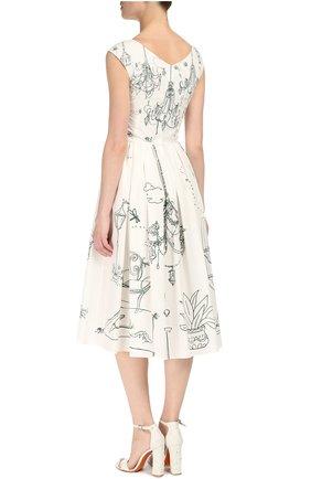 Приталенное платье с контрастным принтом и V-образным вырезом Dolce & Gabbana белое | Фото №4