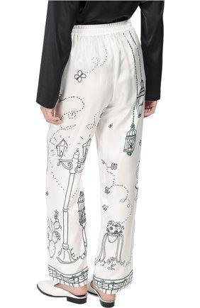 Шелковые брюки в пижамном стиле с контрастным принтом Dolce & Gabbana белые | Фото №4
