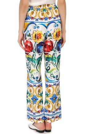 Шелковые брюки в пижамном стиле с ярким принтом | Фото №4