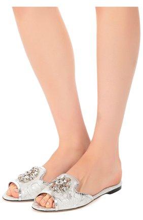 Кружевные шлепанцы Bianca с брошью Dolce & Gabbana серебряные | Фото №2