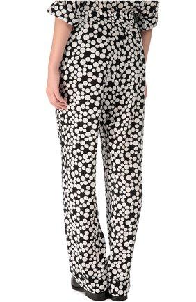 Шелковые прямые брюки в горошек с эластичным поясом  Dolce & Gabbana черно-белые | Фото №4
