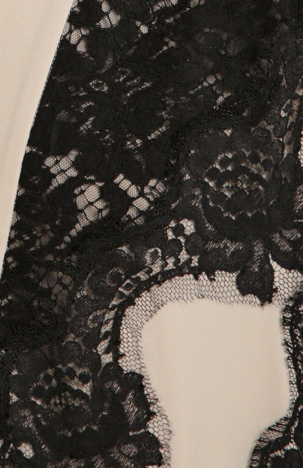 Шелковая абайя с контрастной кружевной отделкой | Фото №5