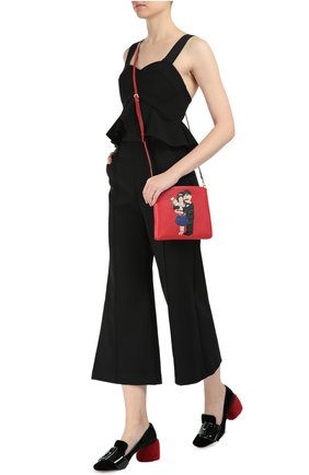 Кожаная сумка с аппликацией DG Family Dolce & Gabbana красного цвета | Фото №2
