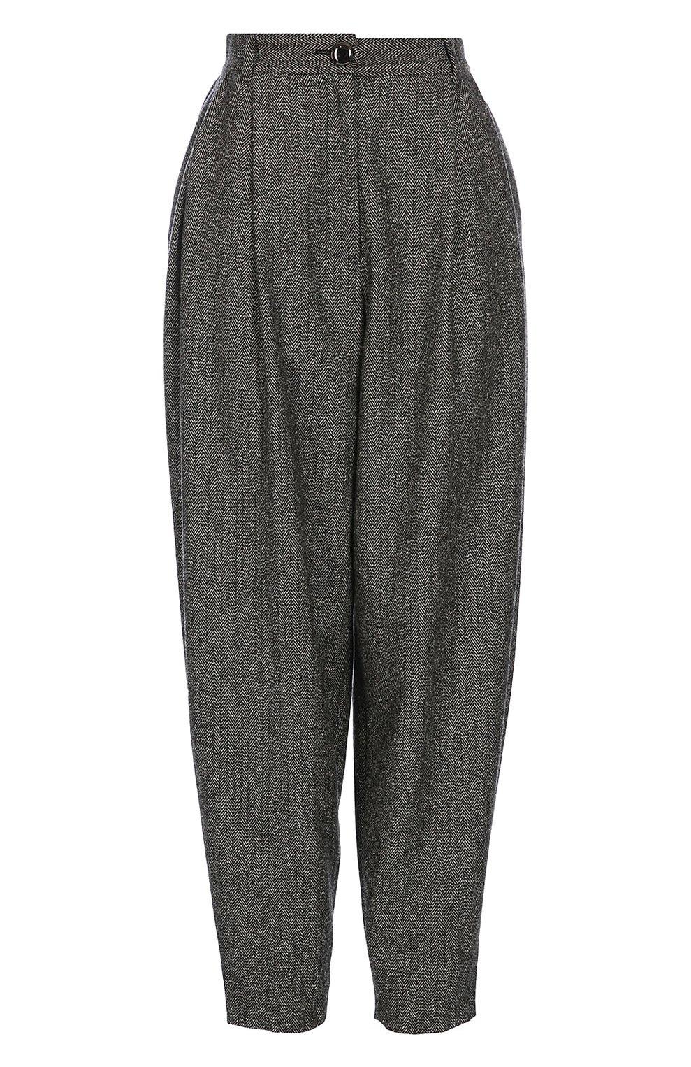 Укороченные брюки-бананы с карманами | Фото №1