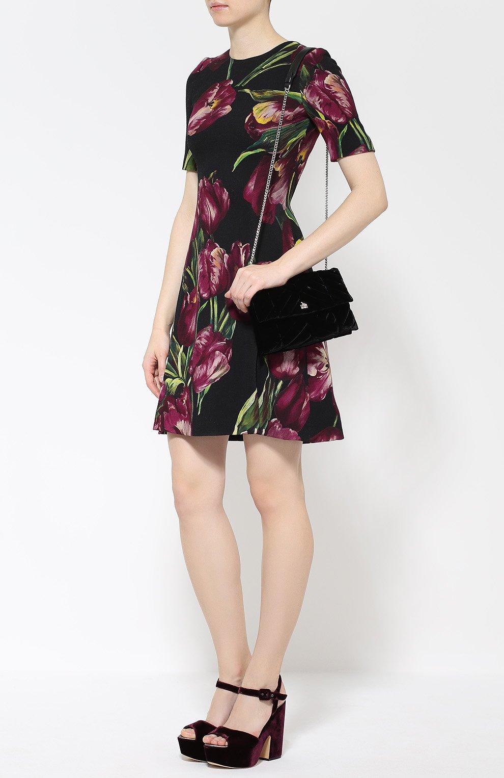 Мини-платье с коротким рукавом и цветочным принтом Dolce & Gabbana фиолетовое | Фото №2