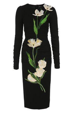 Платье-футляр с длинным рукавом и цветочной отделкой | Фото №1