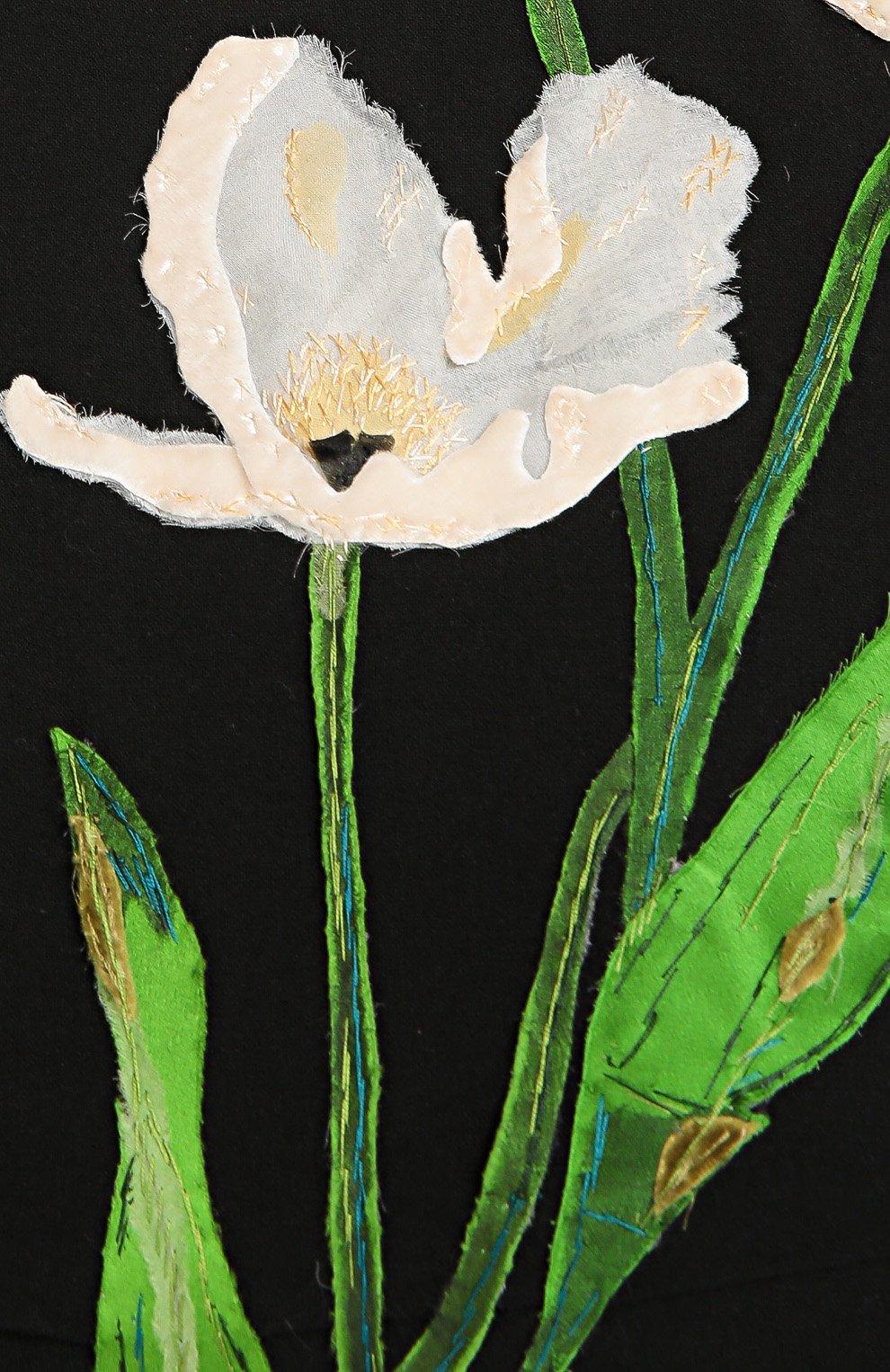 Платье-футляр с длинным рукавом и цветочной отделкой | Фото №5
