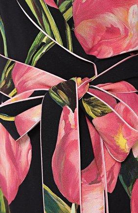 Платье с запахом и цветочным принтом | Фото №5