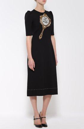 Приталенное платье с рукавом-фонарик и декоративной отделкой   Фото №3