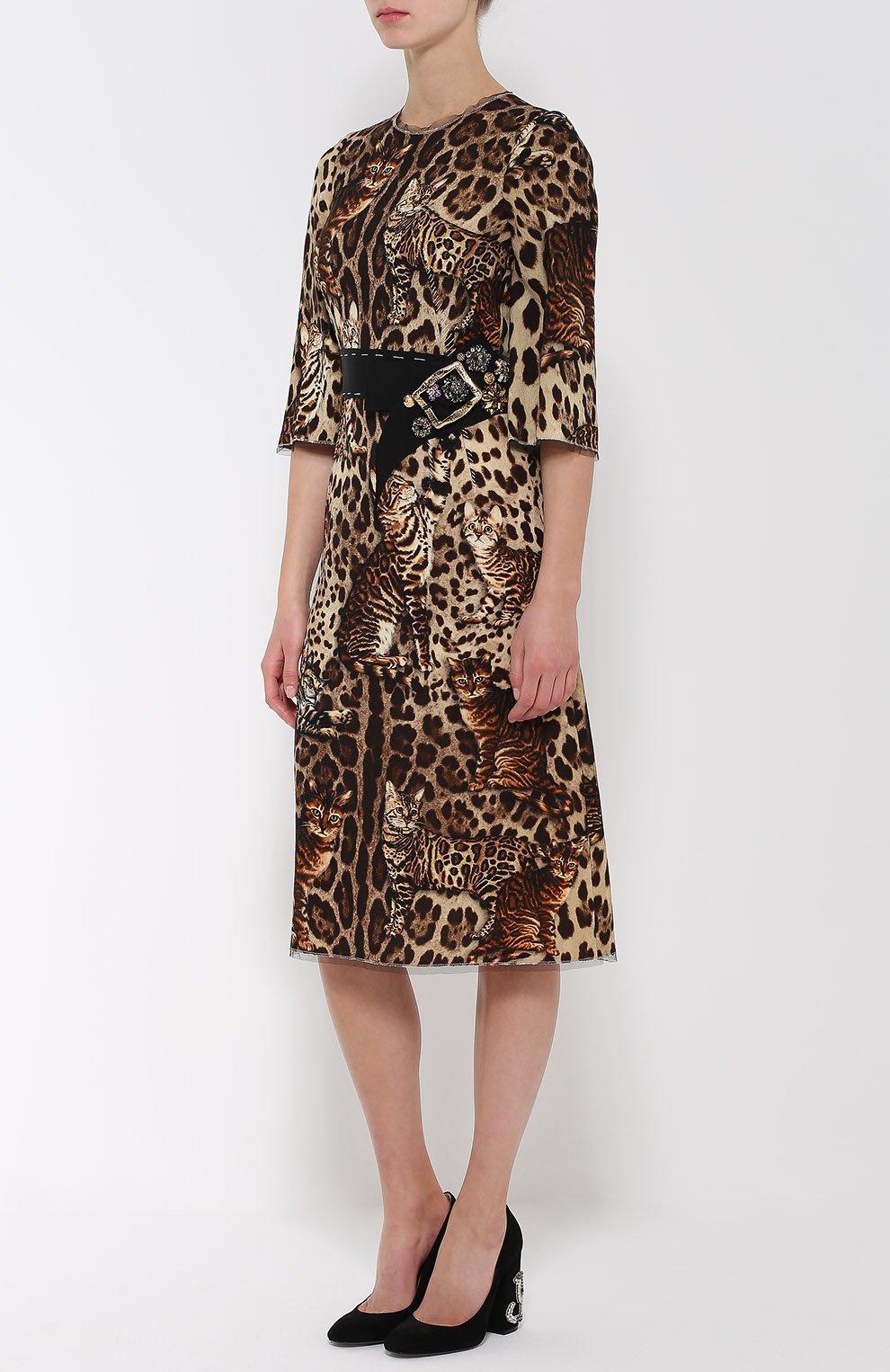 Приталенное платье с коротким рукавом и звериным принтом Dolce & Gabbana коричневое | Фото №3