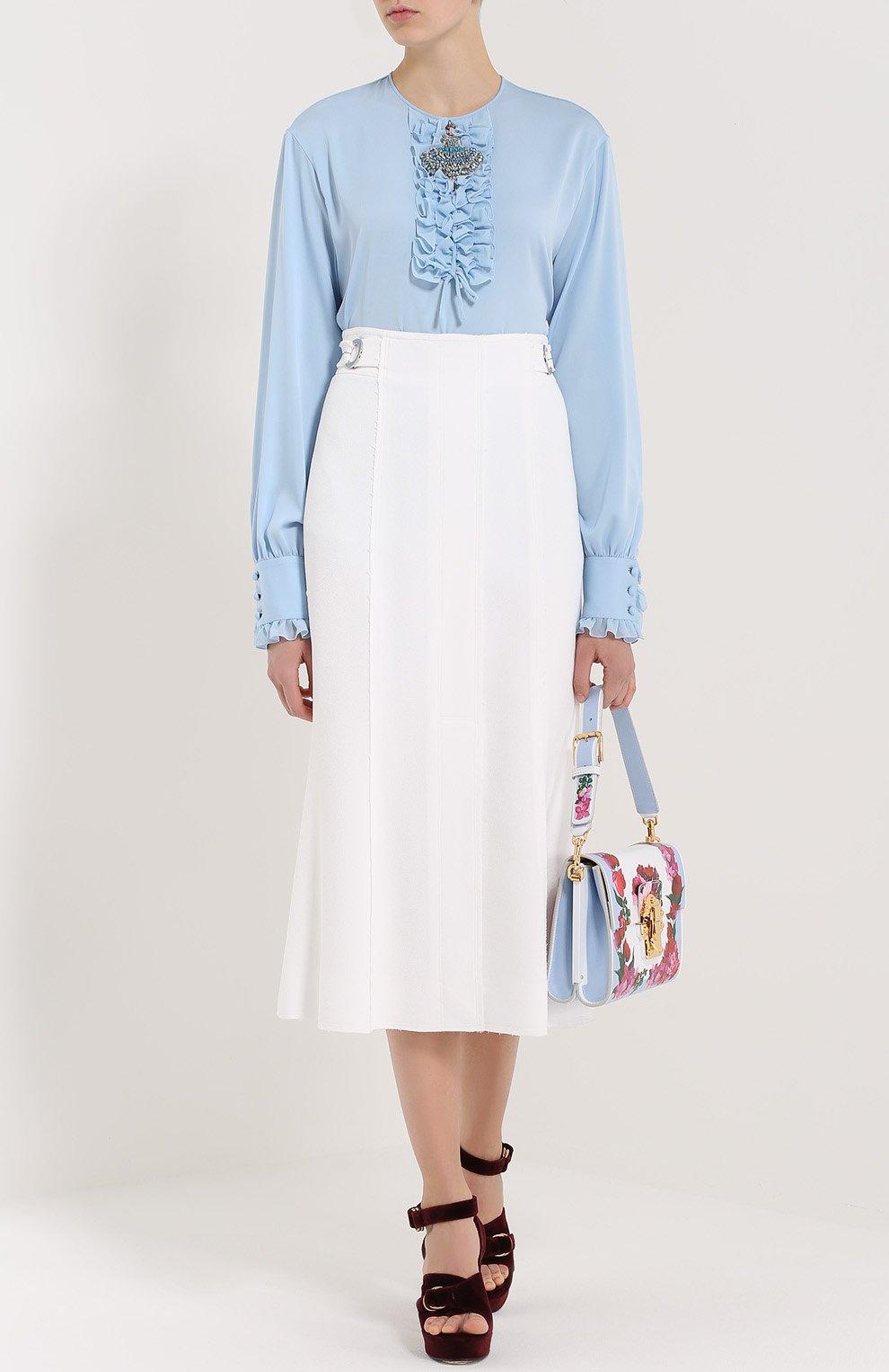 Шелковая блуза с круглым вырезом и жабо Dolce & Gabbana голубая | Фото №2