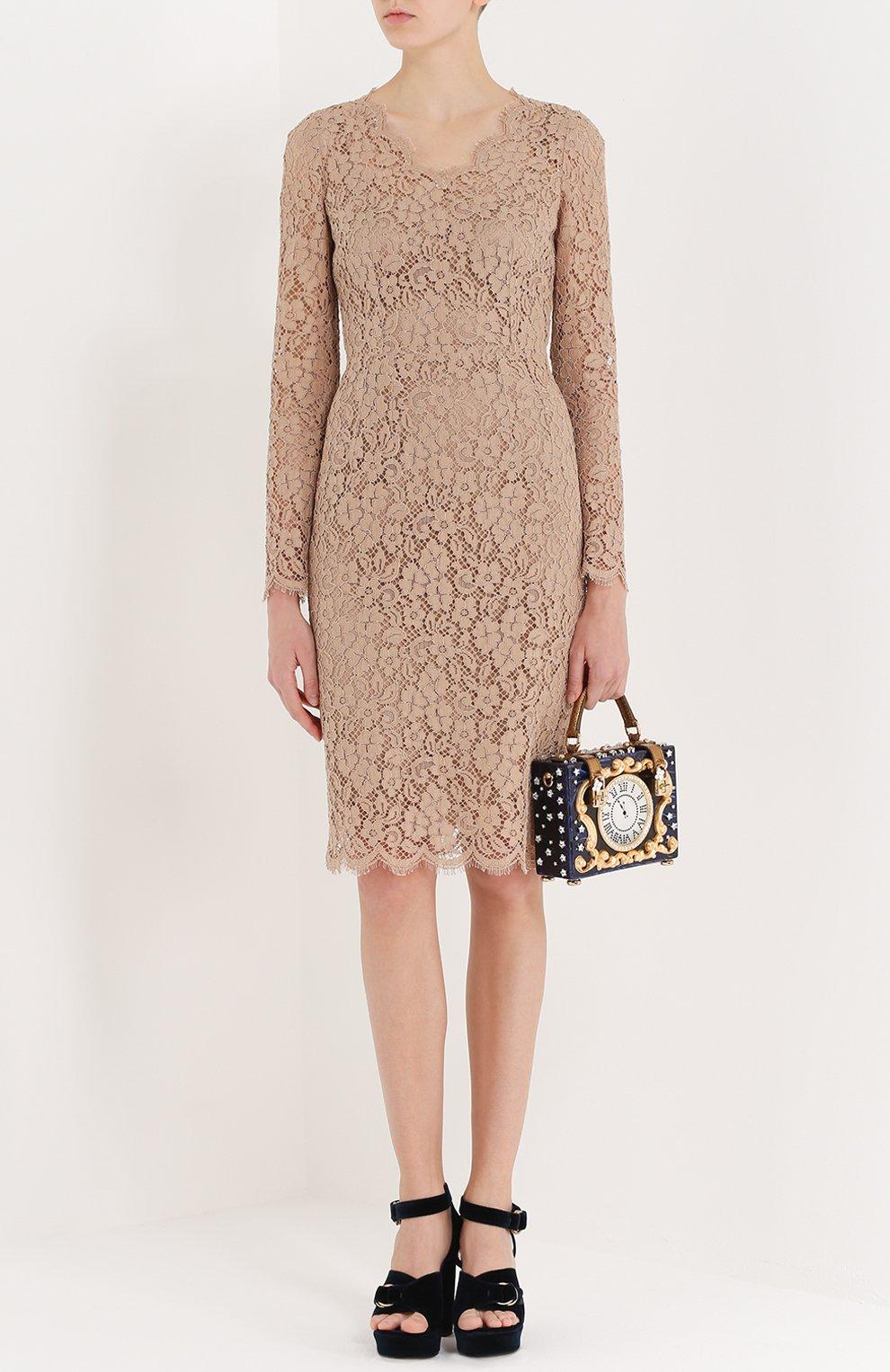 Приталенное кружевное платье с длинным рукавом | Фото №2