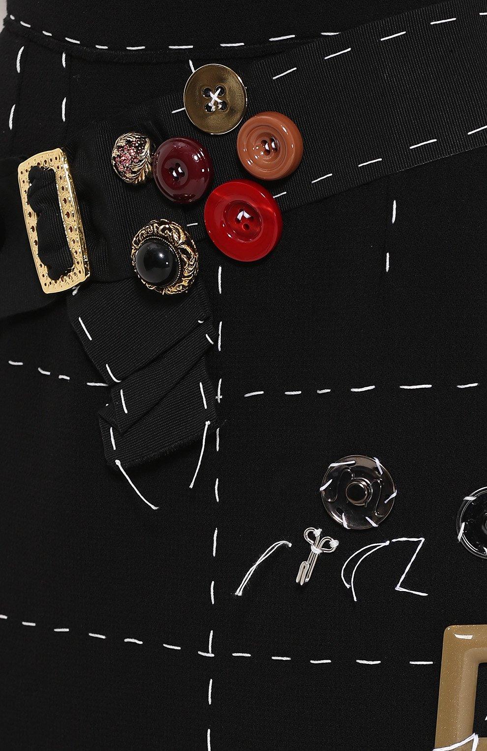 Юбка прямого кроя с контрастной прострочкой и декоративной отделкой | Фото №5
