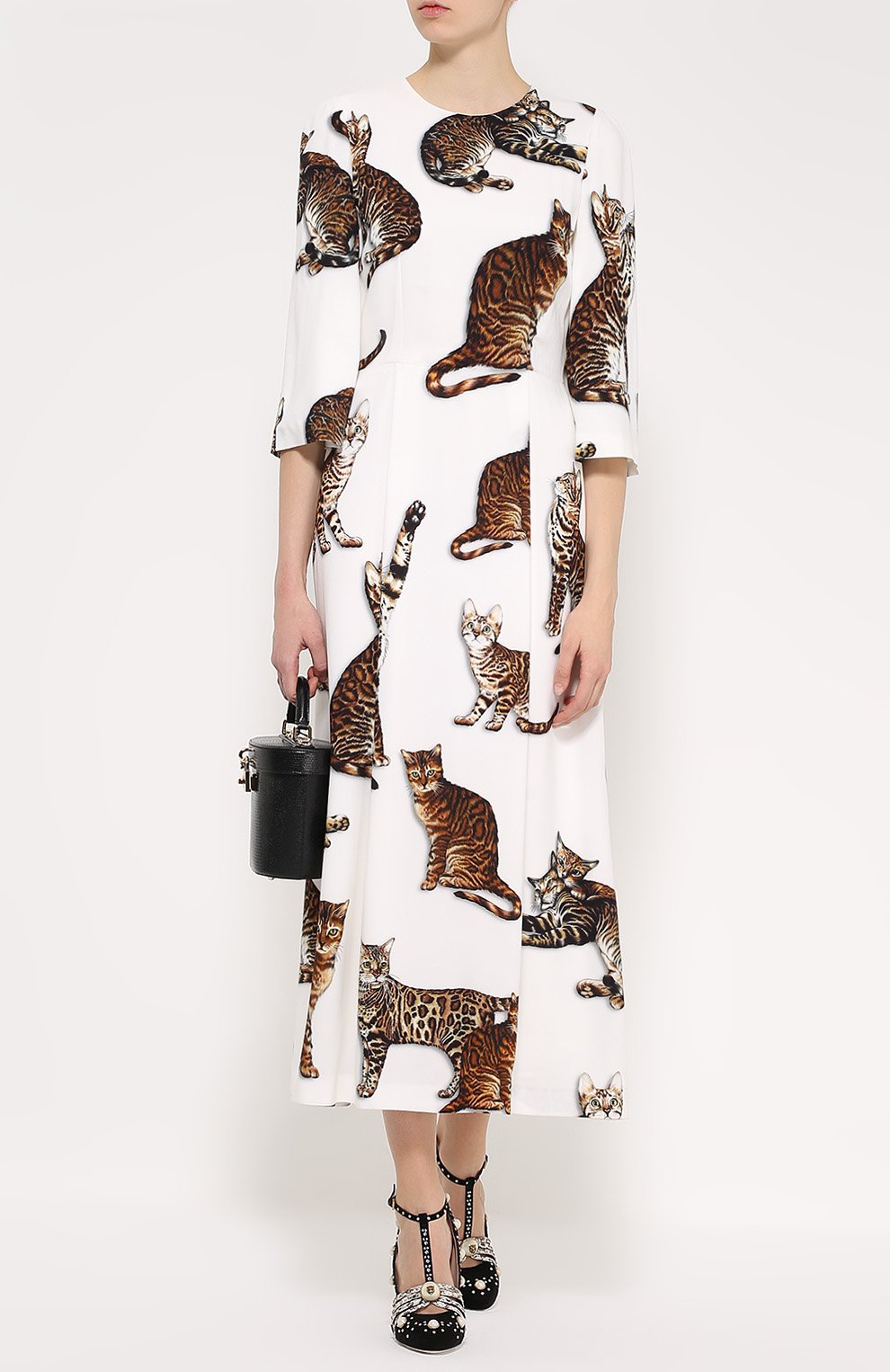 Приталенное платье-макси с принтом в виде кошек Dolce & Gabbana белое | Фото №2