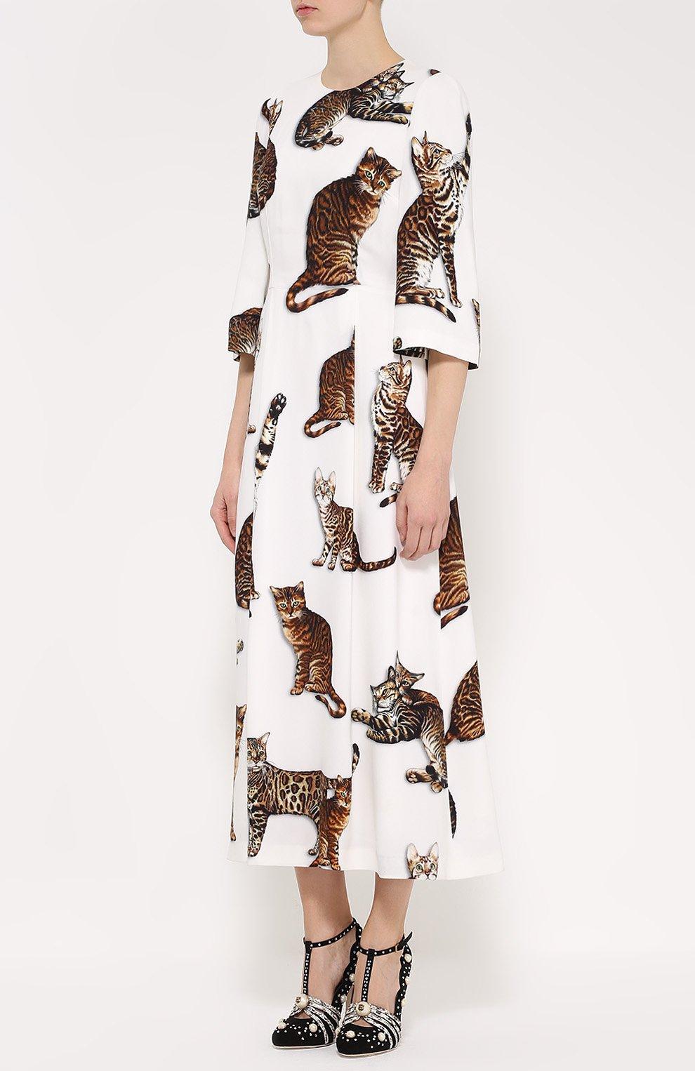 Приталенное платье-макси с принтом в виде кошек Dolce & Gabbana белое | Фото №3
