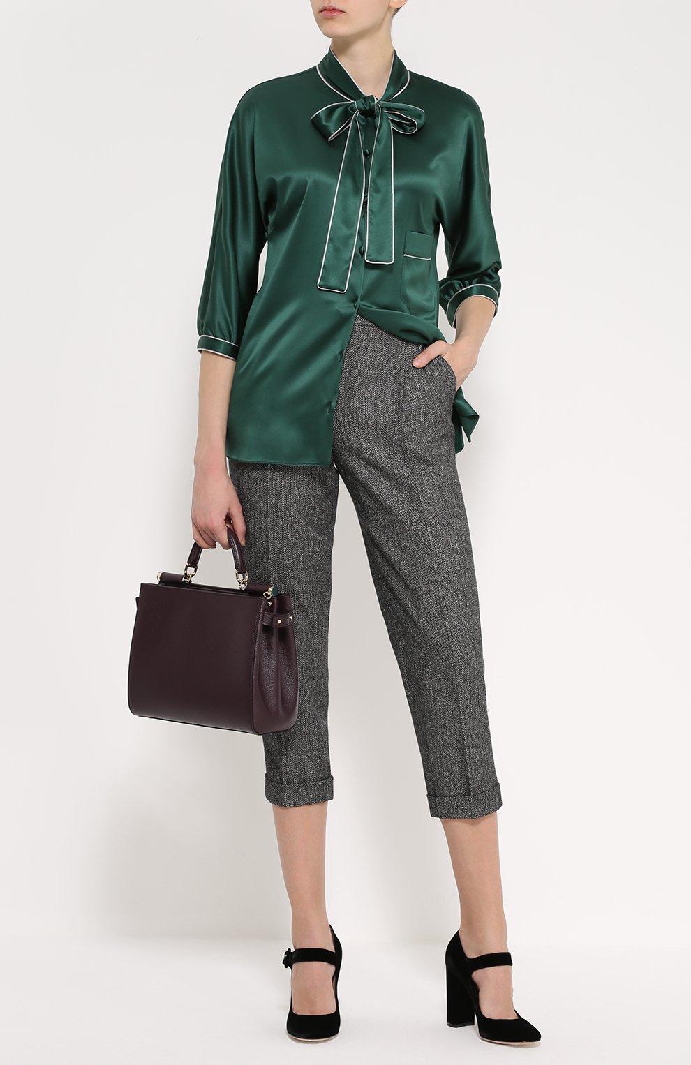 Шелковая блуза с контрастной отделкой и воротником аскот   Фото №2