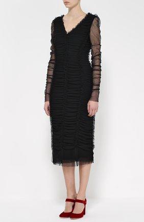 Драпированное платье-футляр с V-образным вырезом | Фото №3