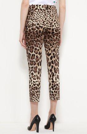 Укороченные брюки прямого кроя с леопардовым принтом | Фото №4
