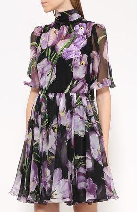 Шелковое мини-платье с цветочным принтом и воротником аскот Dolce & Gabbana черное | Фото №3