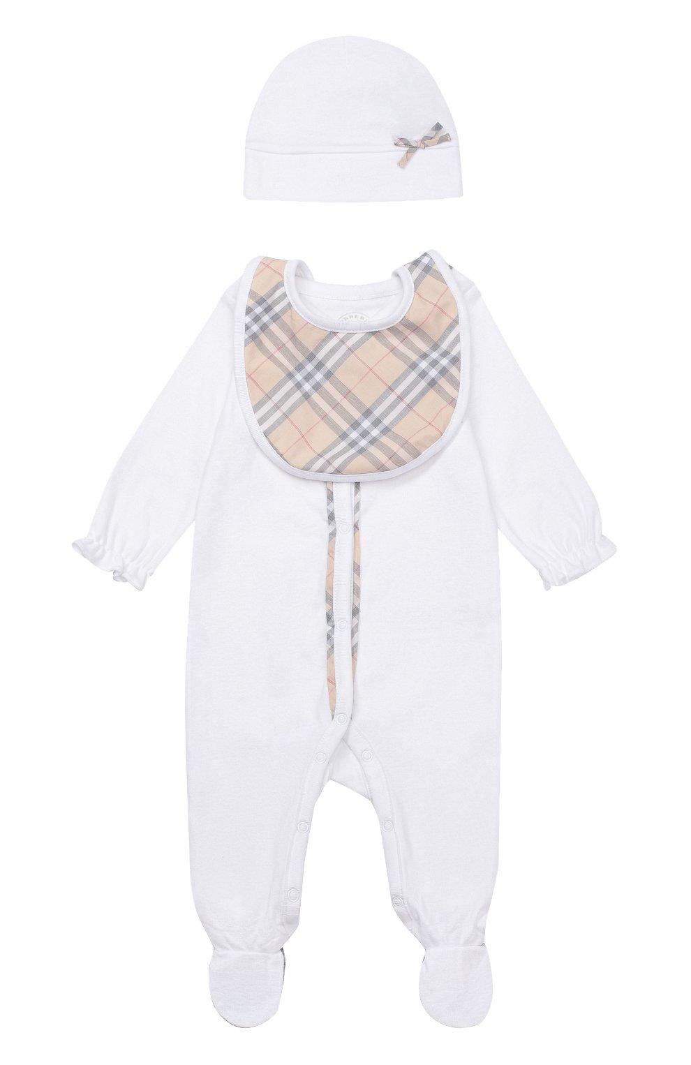 Детский пижама в комплекте с нагрудником и шапкой BURBERRY белого цвета, арт. 3998425   Фото 1