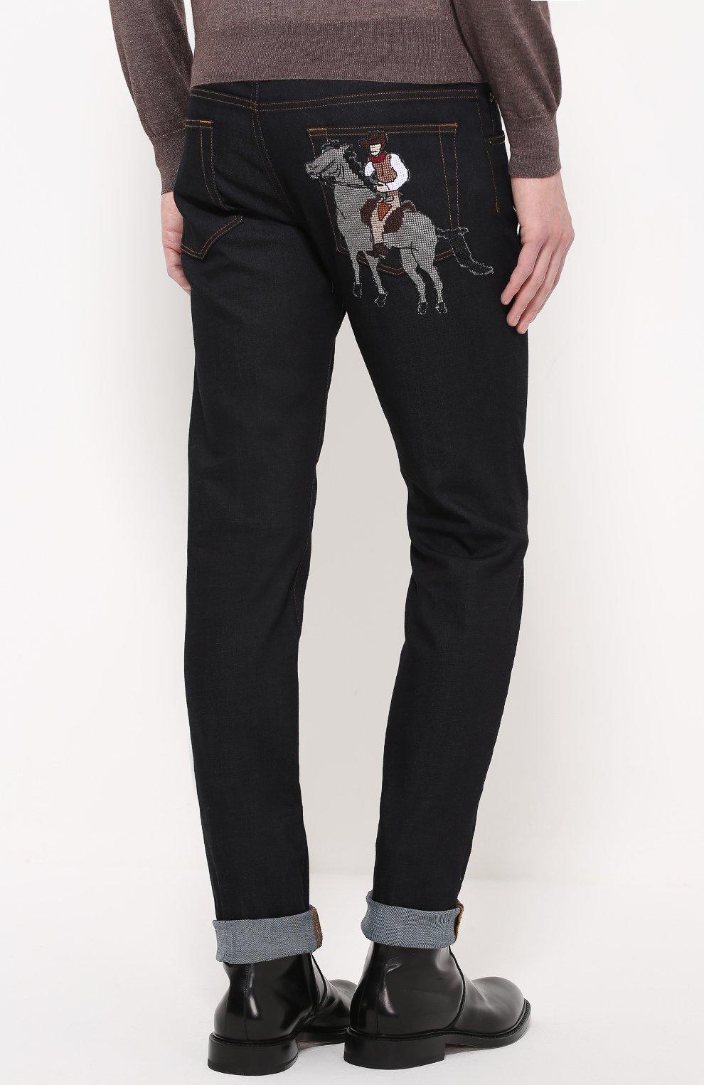 Зауженные джинсы с контрастной прострочкой и аппликацией Dolce & Gabbana синие | Фото №4