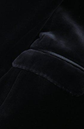 Бархатный смокинг с отделкой из шелка   Фото №5