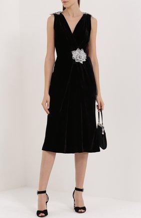 Бархатное платье без рукавов с декоративной отделкой Dolce & Gabbana темно-фиолетовое | Фото №2