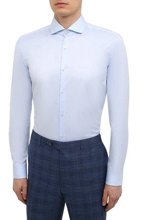 Мужская хлопковая сорочка HUGO голубого цвета, арт. 50289491   Фото 3 (Манжеты: На пуговицах; Рукава: Длинные; Воротник: Акула; Длина (для топов): Стандартные; Материал внешний: Хлопок; Случай: Формальный; Принт: Однотонные)