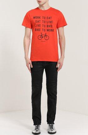 Хлопковая футболка с принтом Dedicated красная | Фото №1