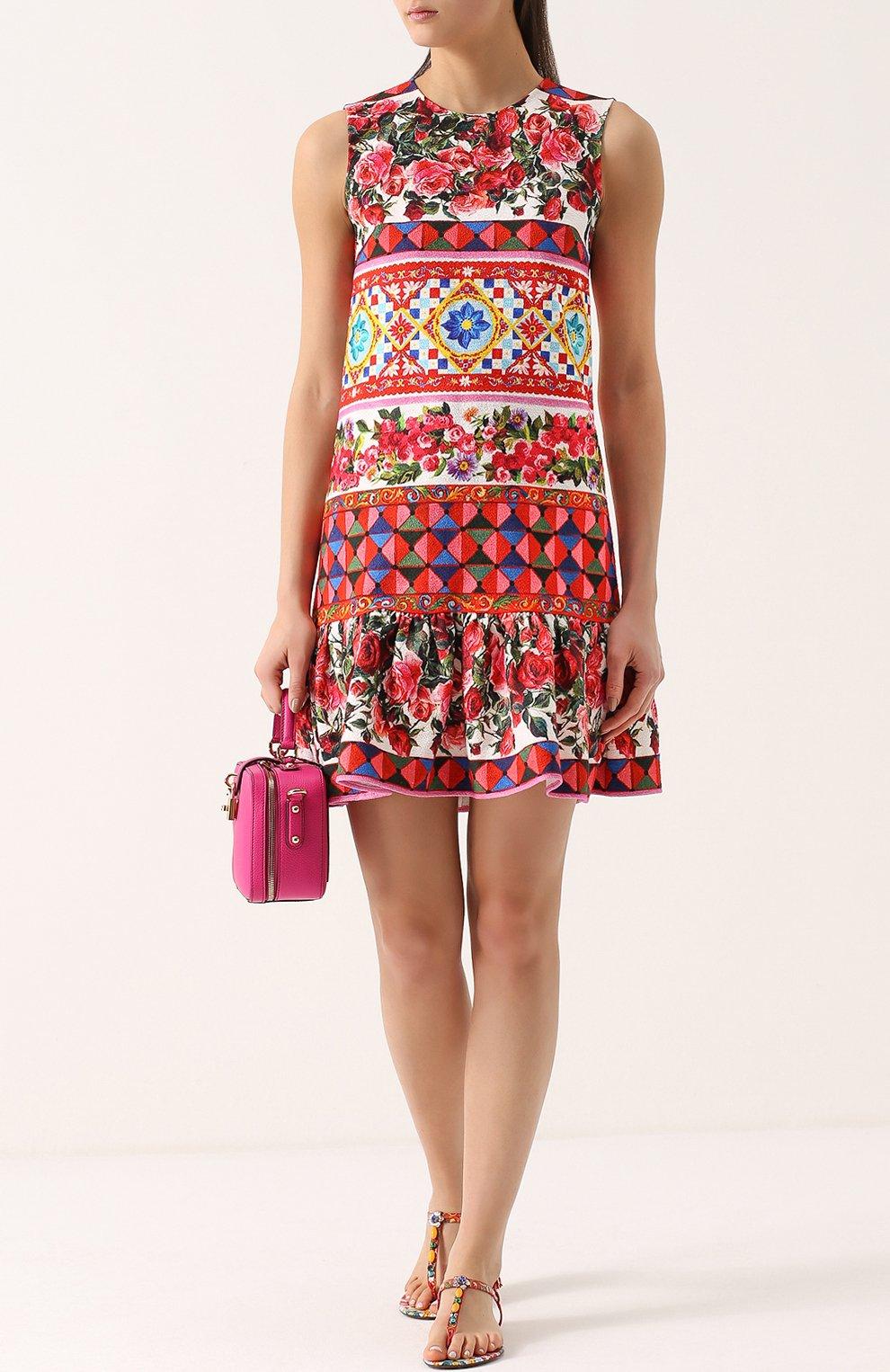 Платье А-силуэта с ярким принтом и оборкой Dolce & Gabbana разноцветное | Фото №2