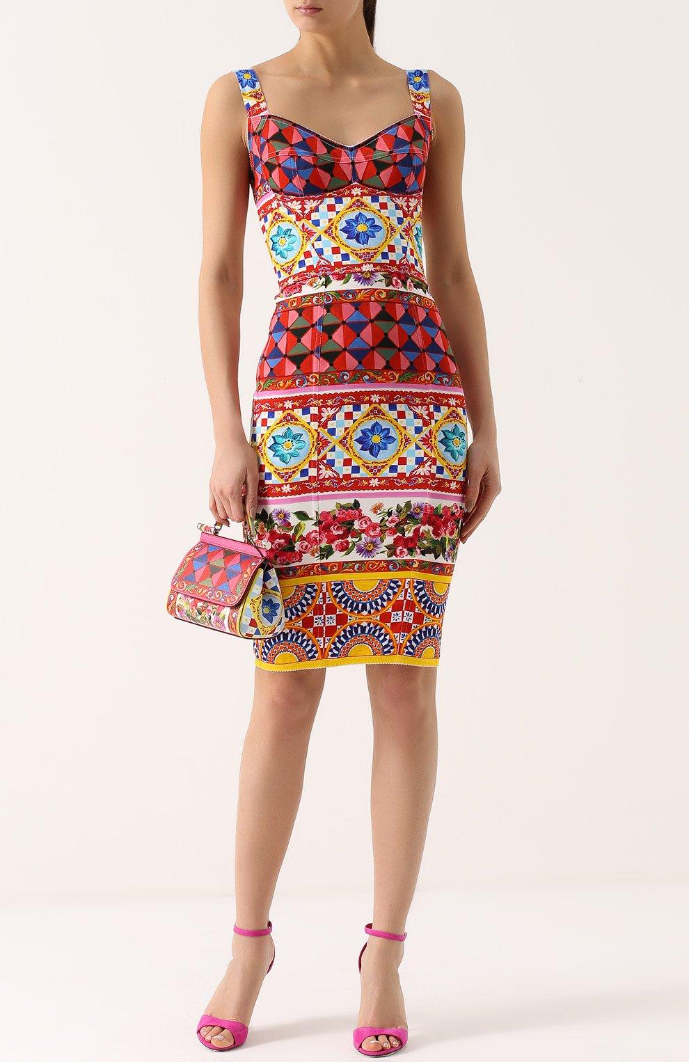 Платье-футляр на бретельках с ярким принтом Dolce & Gabbana разноцветное | Фото №2