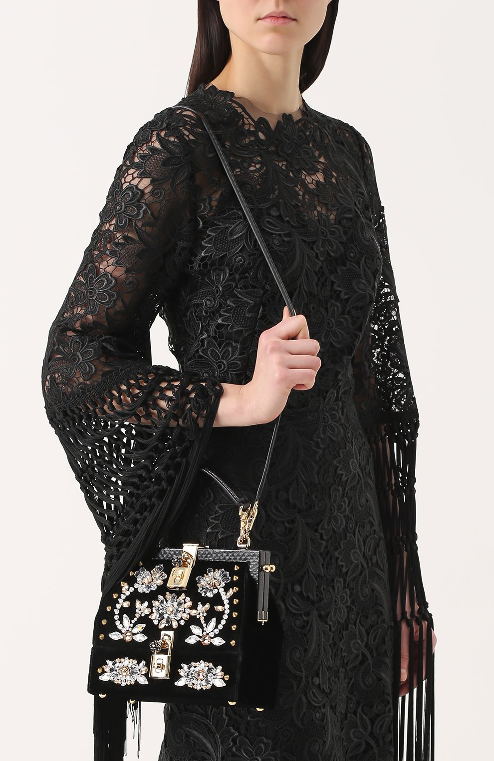 Сумка из бархата с вышивкой кристаллами и отделкой из кожи змеи Dolce & Gabbana черного цвета | Фото №6