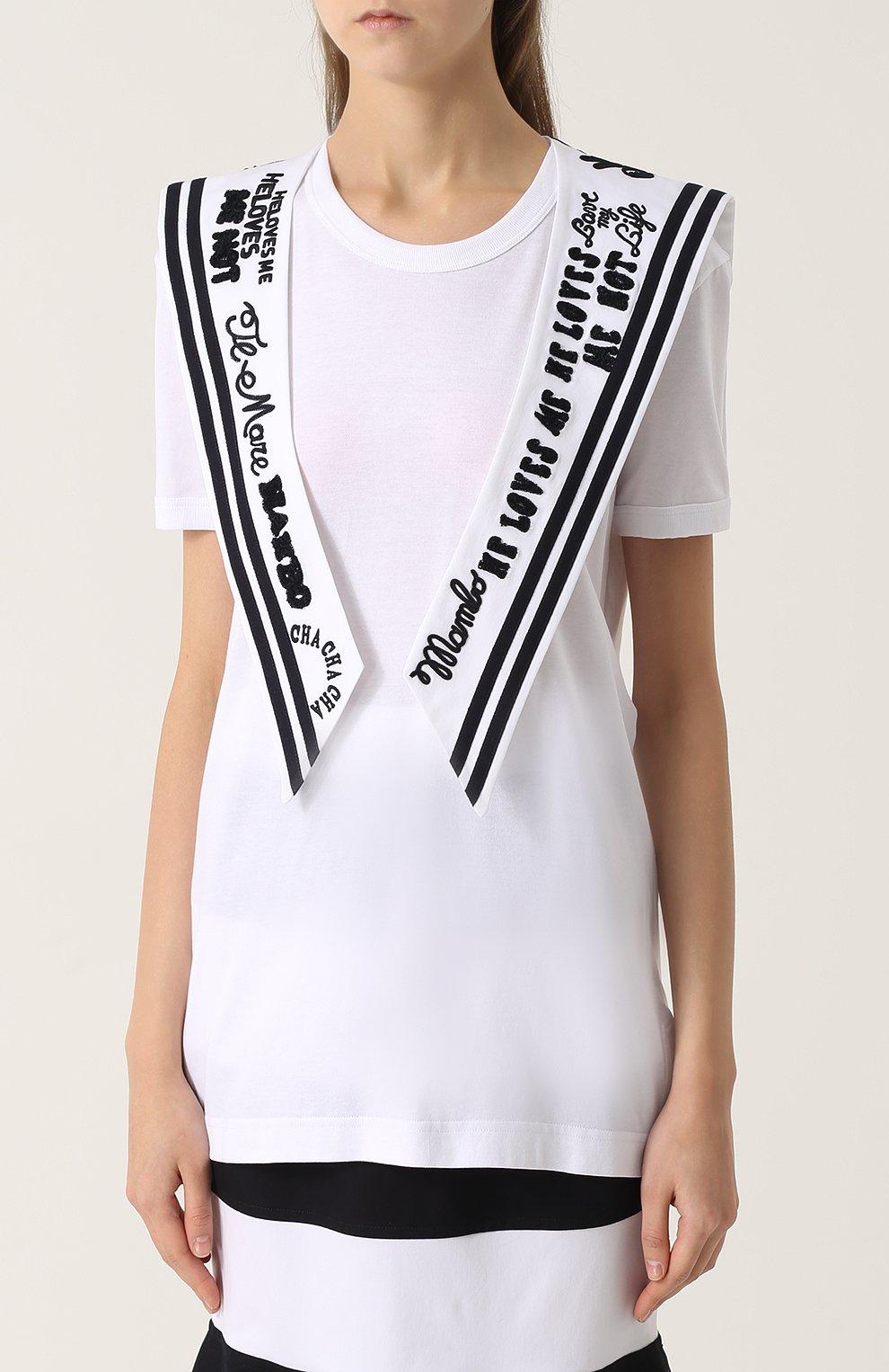Удлиненная футболка с декорированным воротником матроской | Фото №3