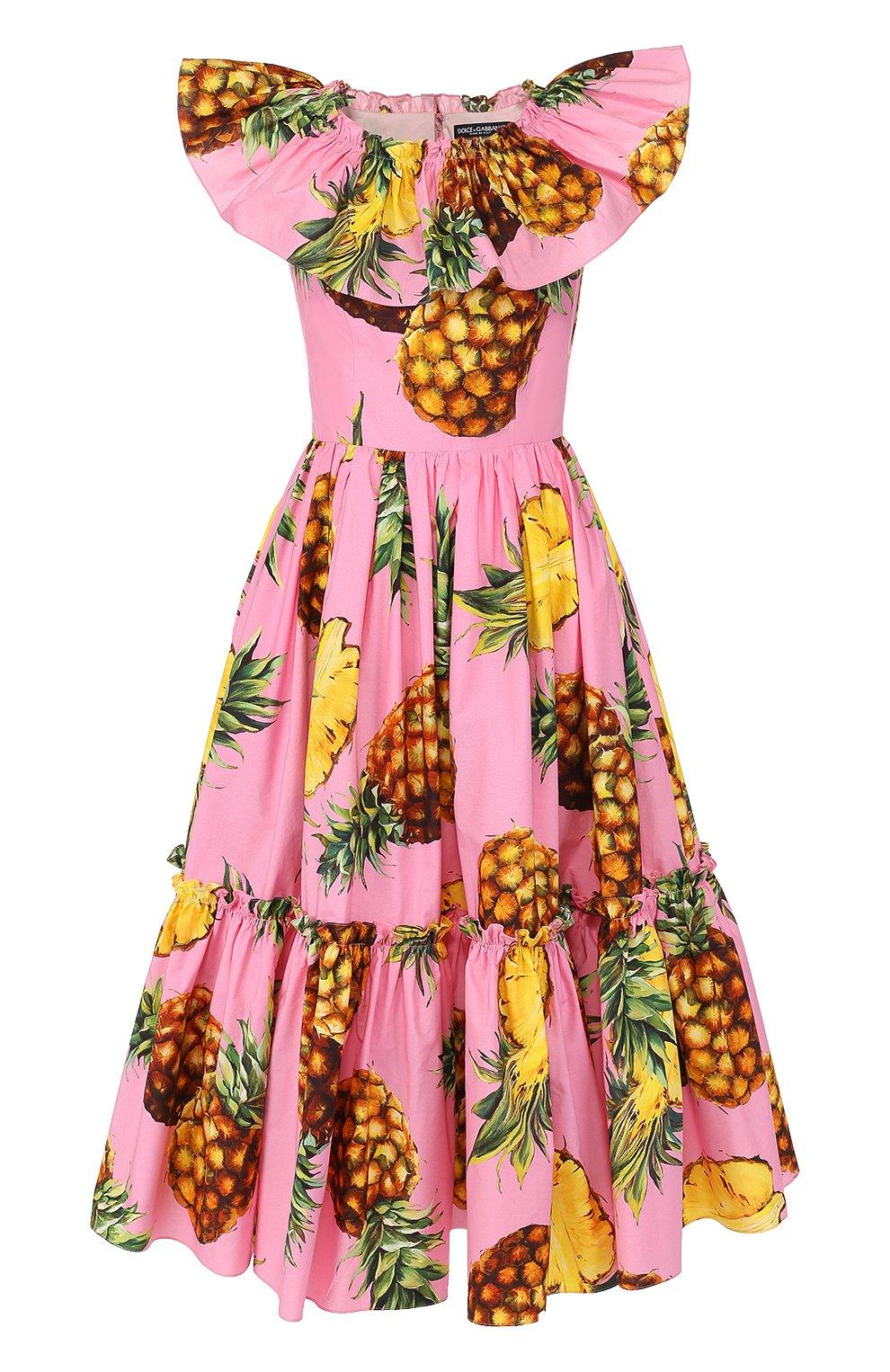 Приталенное платье-миди с ярким принтом и оборками | Фото №1