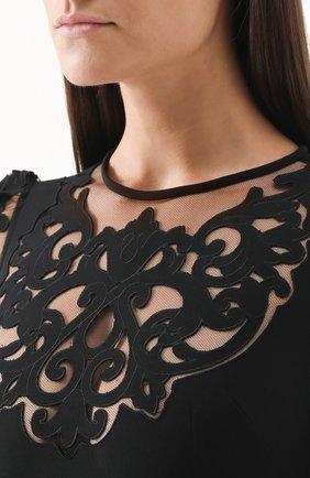 Приталенное платье с юбкой годе с полупрозрачными вставками Dolce & Gabbana черное | Фото №5