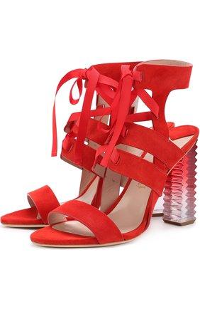 Замшевые босоножки на фигурном каблуке Aperlai красные | Фото №1