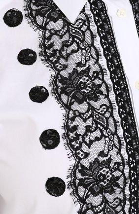 Приталенная хлопковая блуза с контрастной кружевной отделкой Dolce & Gabbana белая | Фото №5