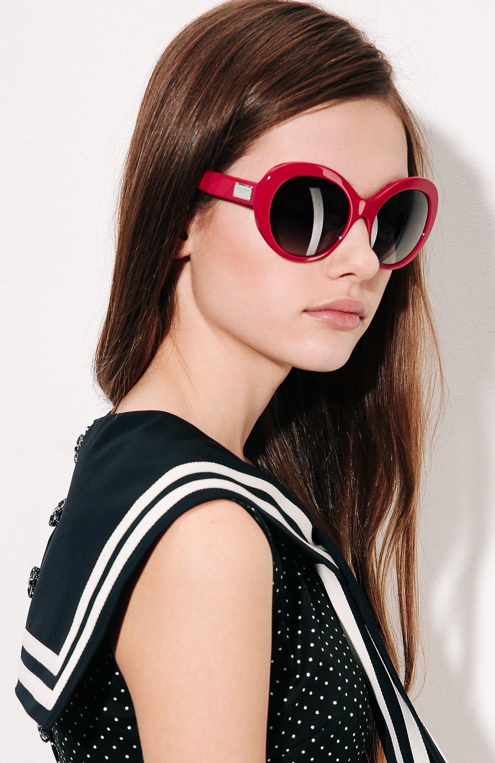 Солнцезащитные очки Dolce & Gabbana красные | Фото №2