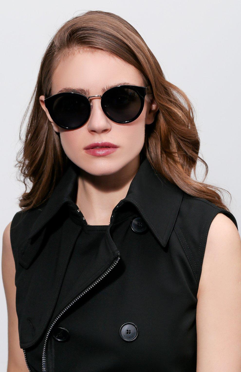 Женские солнцезащитные очки PRADA черного цвета, арт. 05TS-1AB1A1 | Фото 2