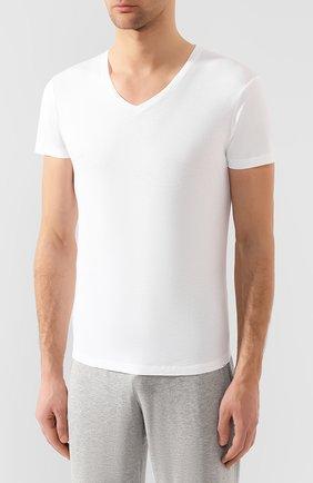 Мужская хлопковая футболка с v-образным вырезом ORLEBAR BROWN белого цвета, арт. 259687 | Фото 3 (Принт: Без принта; Рукава: Короткие; Длина (для топов): Стандартные; Материал внешний: Хлопок; Статус проверки: Проверено, Проверена категория; Стили: Кэжуэл)