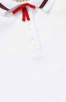 Детский пижама из эластичного хлопка с контрастной отделкой и бантом GUCCI белого цвета, арт. 458206/X5N22 | Фото 3