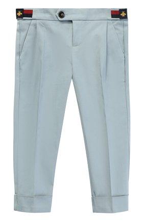 Хлопковые брюки чинос с нашивками и эластичной вставкой на поясе | Фото №1
