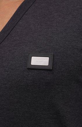 Хлопковая футболка с V-образным вырезом Dolce & Gabbana темно-серая | Фото №5