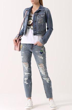 Укороченная джинсовая куртка с потертостями Dolce & Gabbana голубая | Фото №2