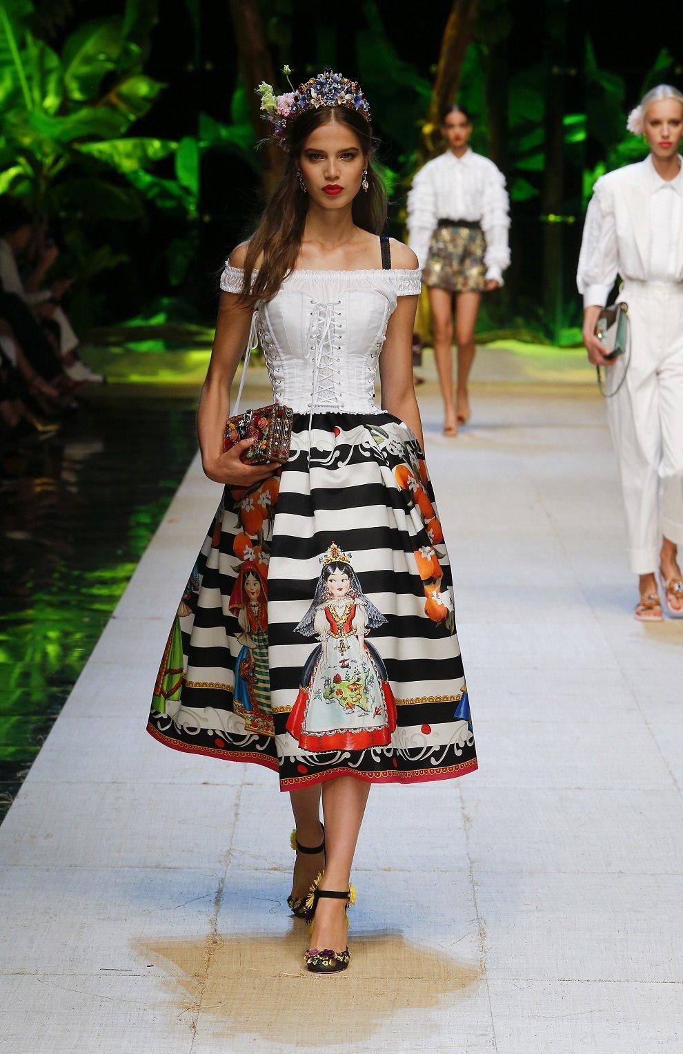 Шелковая юбка-миди с принтом Dolce & Gabbana черно-белая | Фото №6