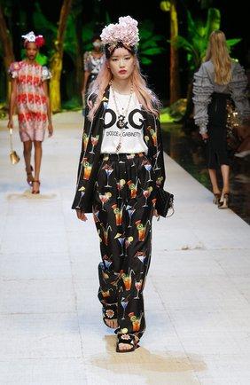 Шелковые брюки прямого кроя с принтом Dolce & Gabbana черные | Фото №6