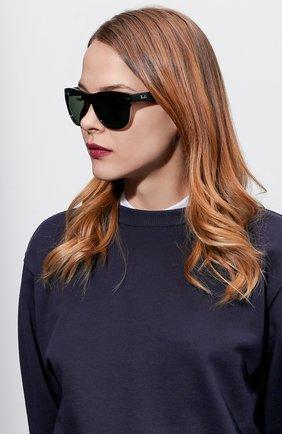 Женские солнцезащитные очки RAY-BAN черного цвета, арт. 4105-601 | Фото 2