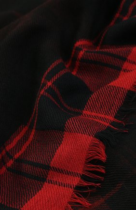 Шерстяной платок с контрастной отделкой | Фото №2
